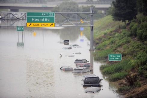 Flooding-Michigan_Mitc-676x450