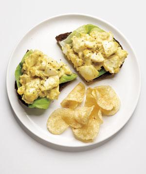 egg_salad_sandwich_300